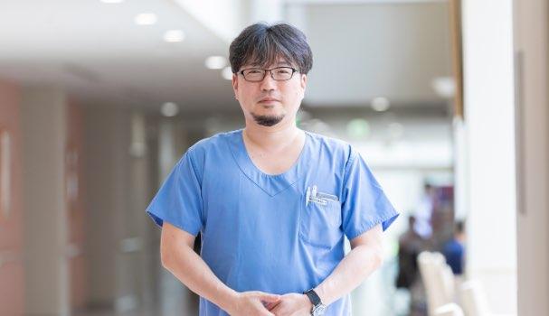 副診療部長、准教授、髙平 修二